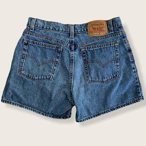 Vintage Levis Shorts Women's Junior Size 13